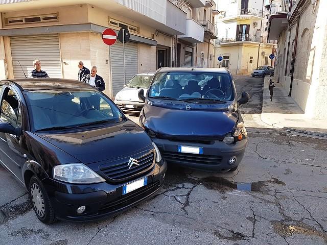 Noicattaro. Incidente via Genova intero