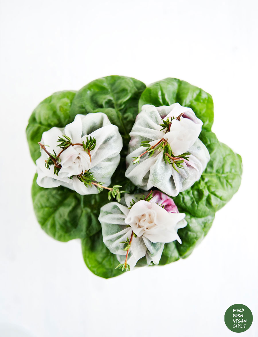 "Rice paper ""pouches"" filled with spinach, roasted beetroot and basil-almond pesto"