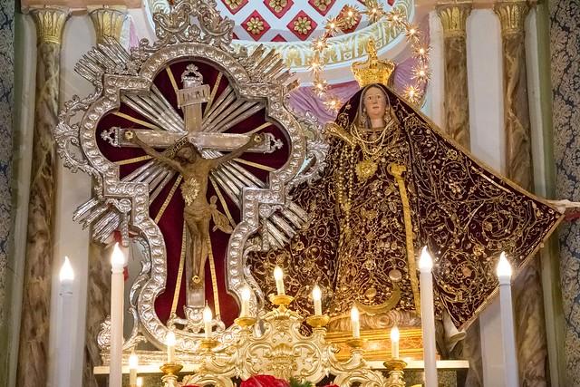 I simulacri pienamente adornati - The statues fully adorned © giuseppepipia.com