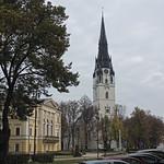 Radnica a rímskokatolícky farský kostol Nanebovzatia Panny Márie
