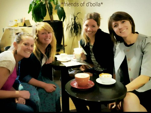 *friends of d'bolla* October 2016. Tag yourself. Tag a friend. Tag your neighbors! 👐☕💕