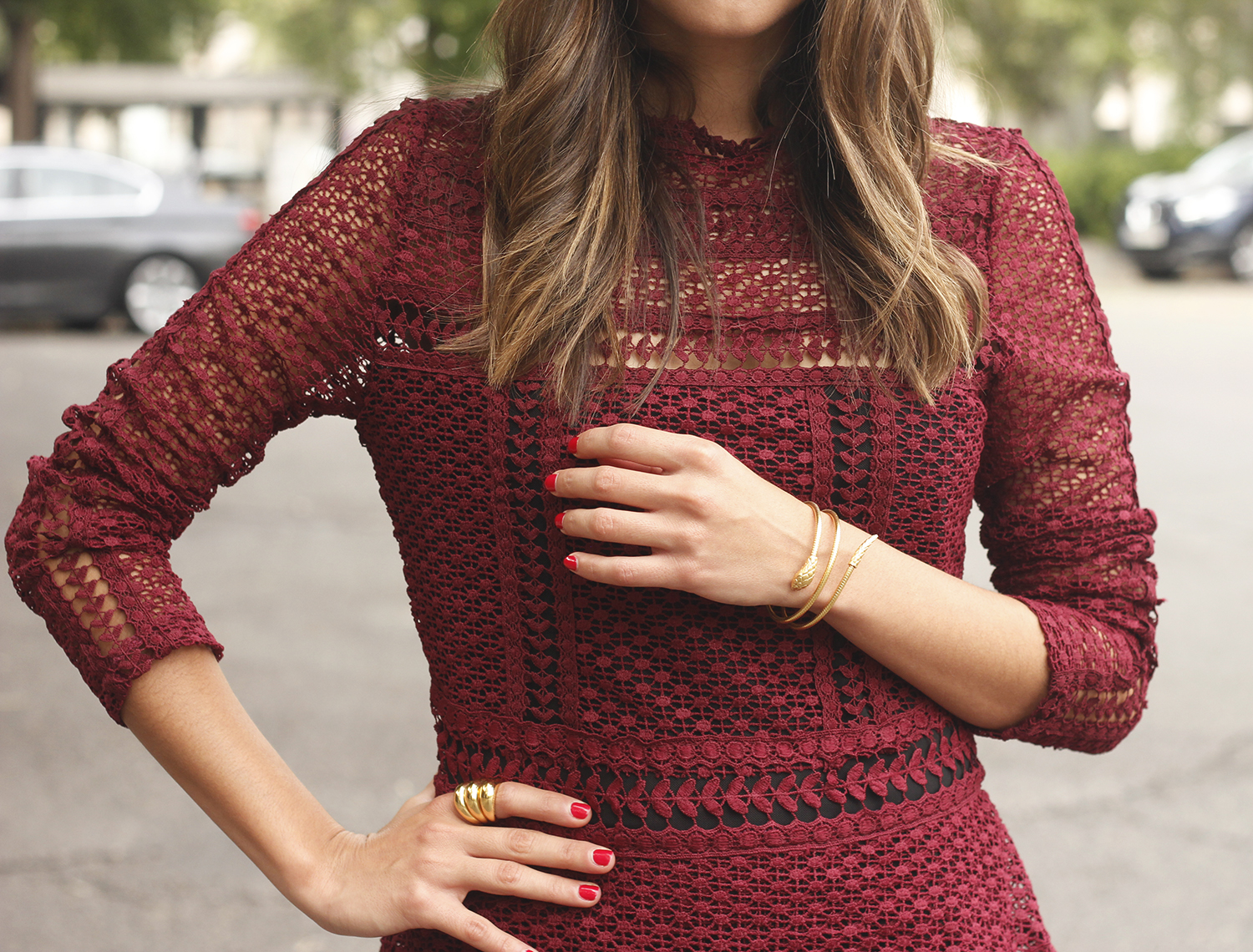 burgundy lace dress black heels hat accessories outfit fashion style21