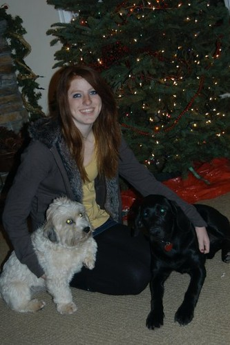 my little sister with leo & bella, her first christmas--there are no photos of me with bella during this time.