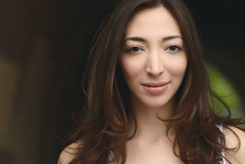 Alumna Arielle Beth, pursuing acting career, appears in interactive haunted house