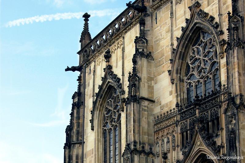 Фрагмент фасада церкви Св.Ламберта