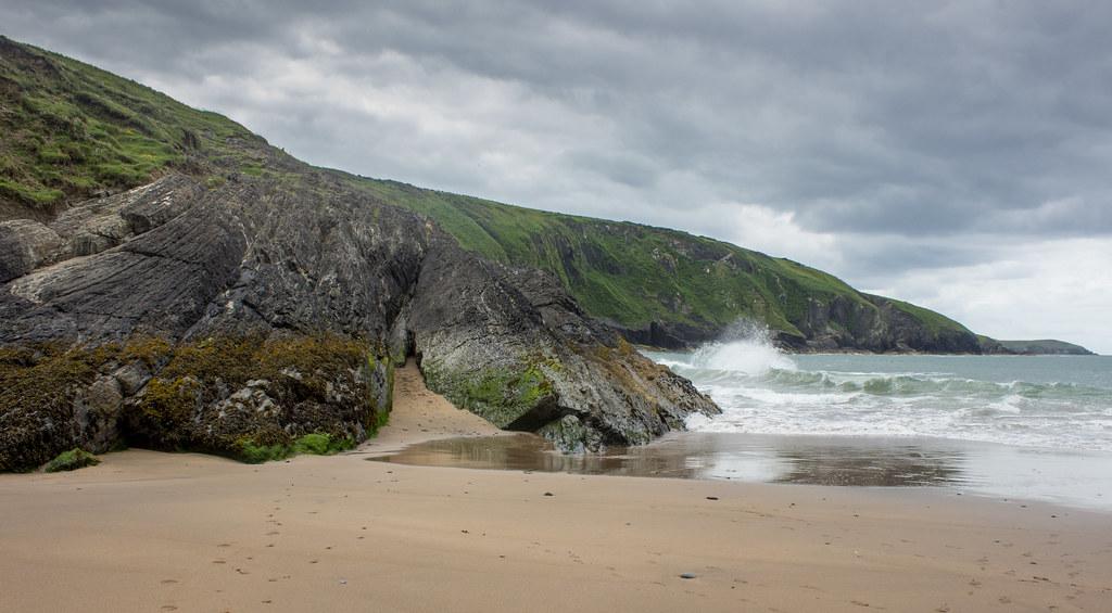 Waves on Mwnt beach