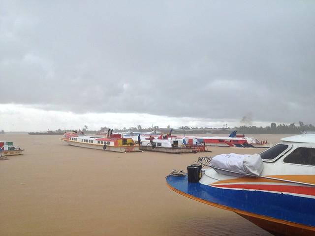 Feri terminal sibu sungai rajang