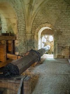 Antriebsachse hydraulischer Fallhammer der Schmiede Abbaye de Fontenay