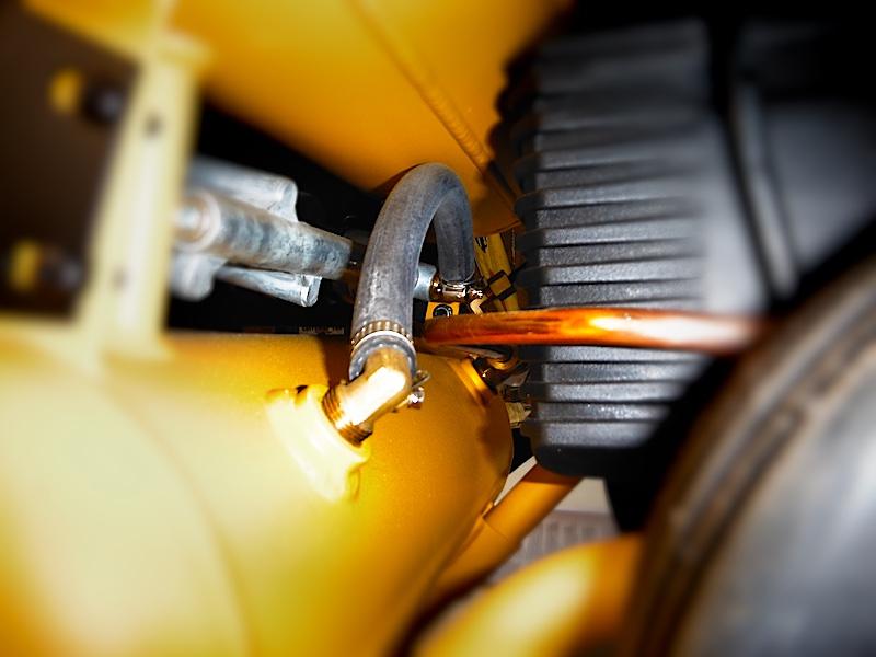 Compresor DEWALT 16L
