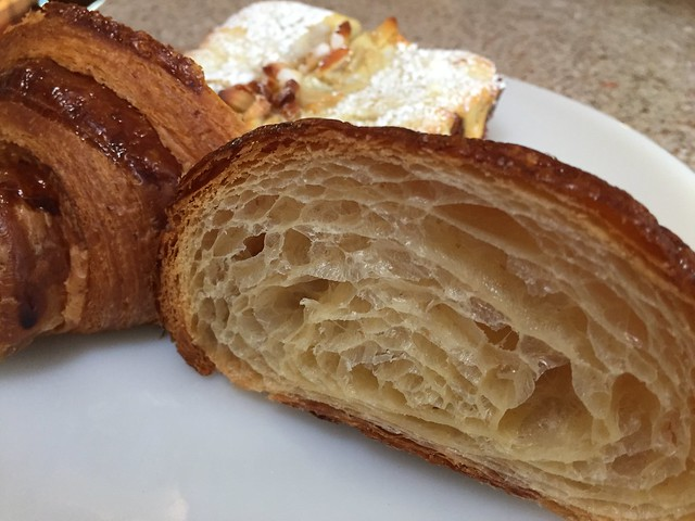 Croissant / Bostock