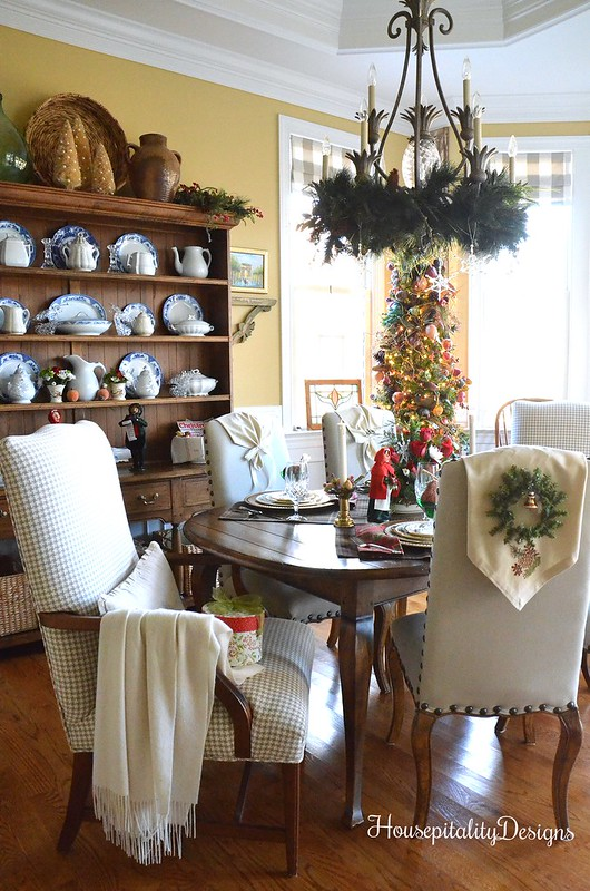 Christmas 2016 Dining Room - Housepitality Designs