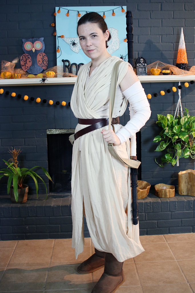 Star Wars Rey Cosplay