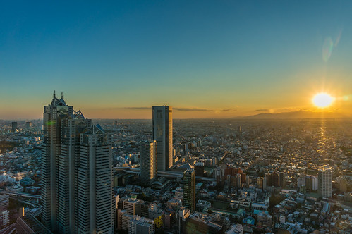 Sunset just before the Tokyo Metropolitan Government Building observation room