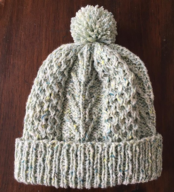 Aran cap with pompom. Perfect winter hat. #knitting #hatknitting