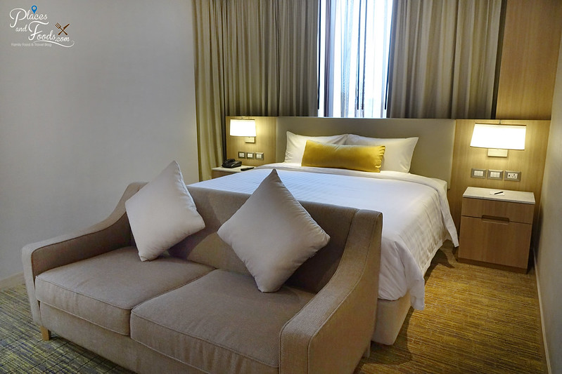 compass skyview hotel bangkok room king bed