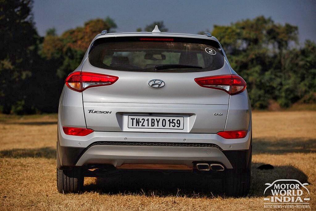 2016-Hyundai-Tucson-Rear-Edit