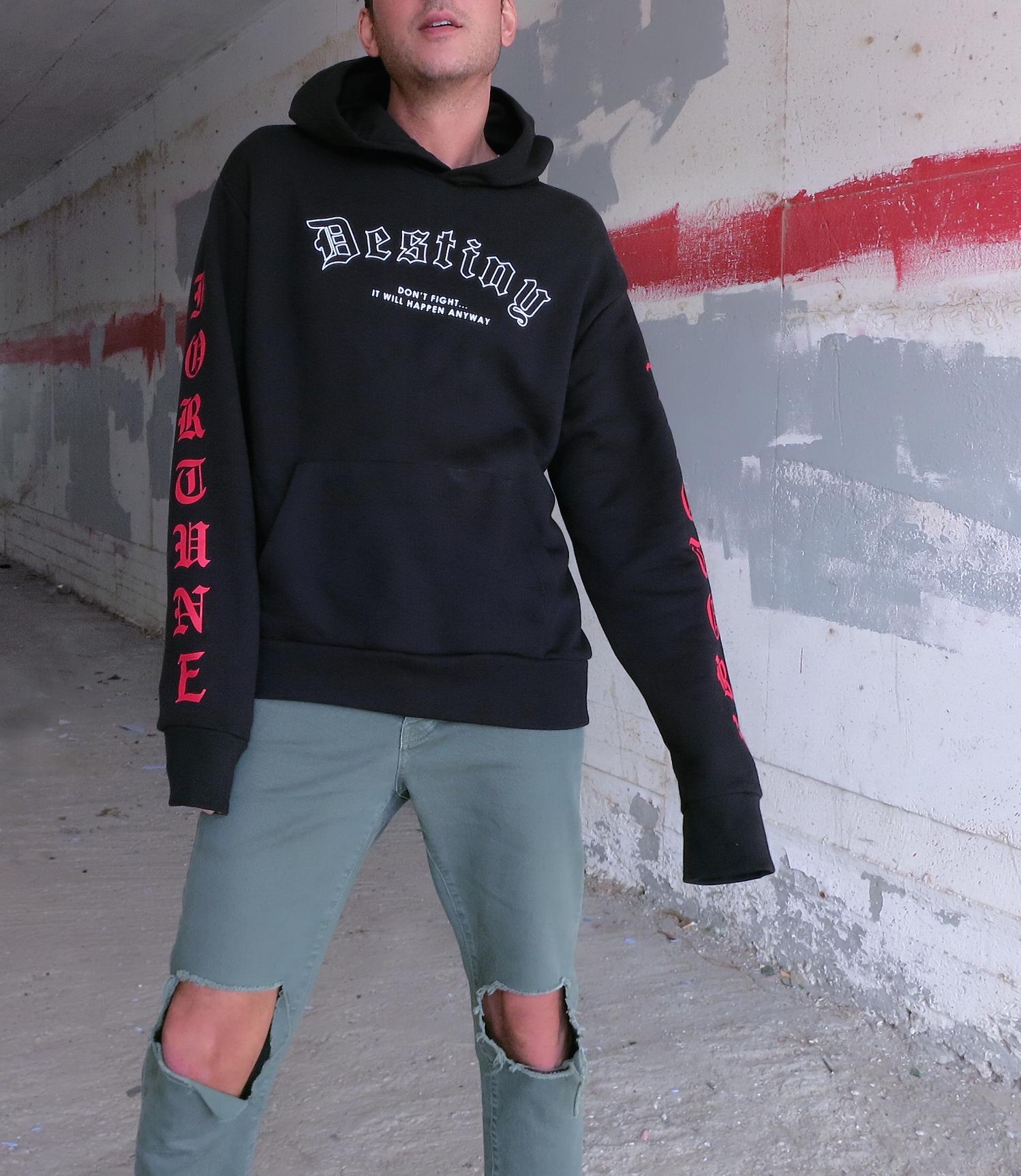 bershka_black_hoodie