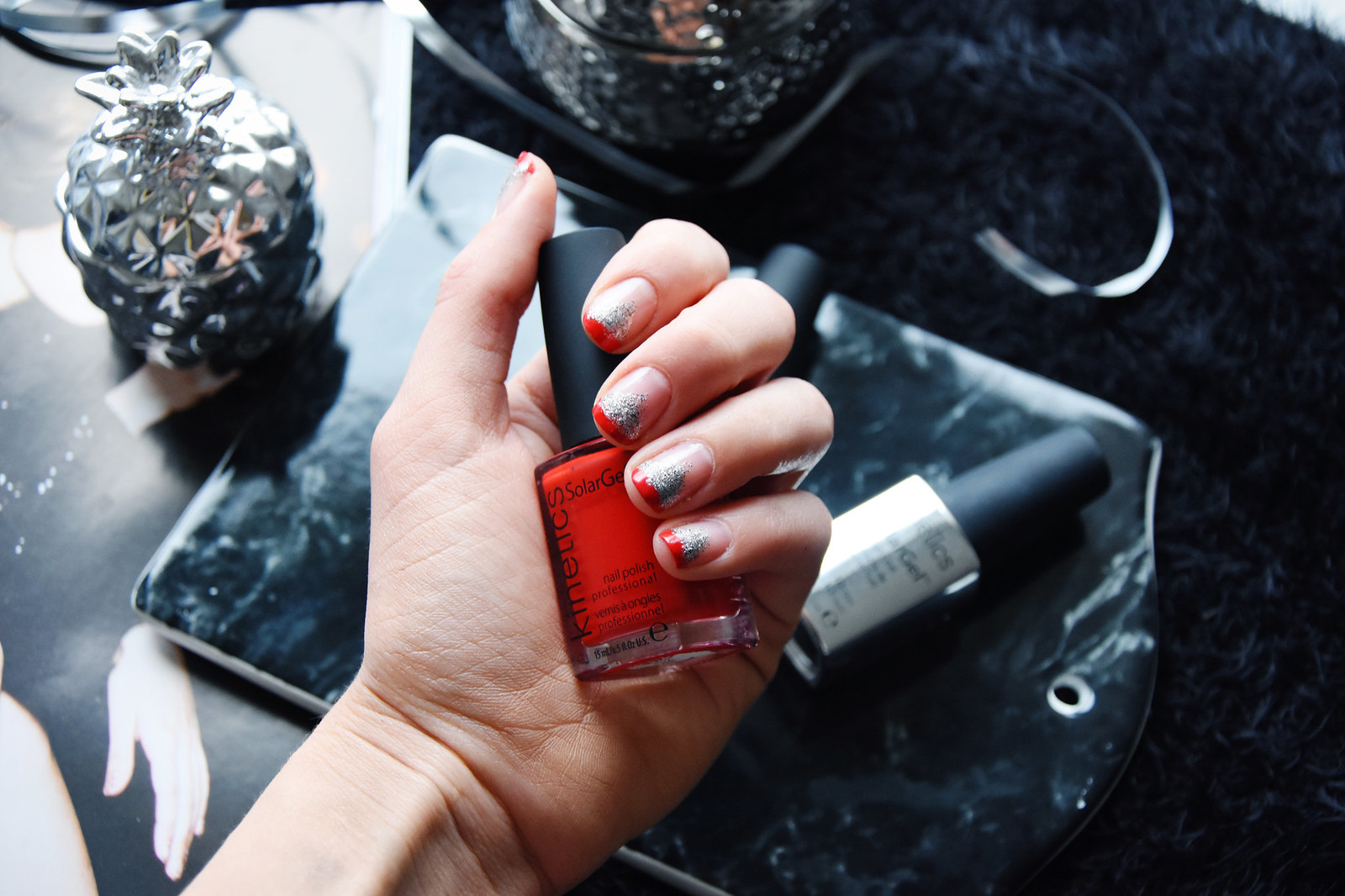 Glitter manicure inspiration