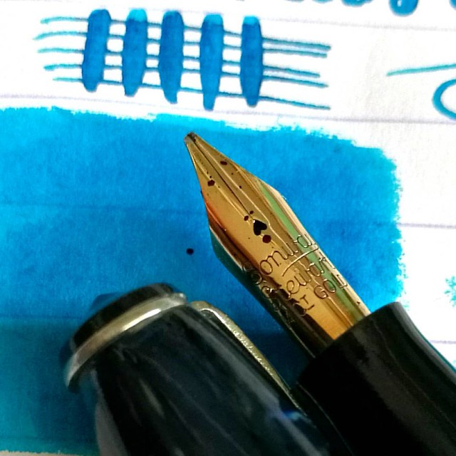 A slightly left obelique (yes, you were right @mrericorozco 😊) stub nib with flex on this gorgeous Conway Stewart 15 which I purchased from @sarjminhas at the Tilburg Penshow. It's a beautiful writer!