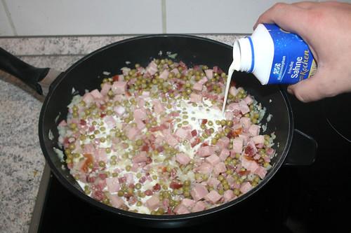 35 - Mit Sahne ablöschen / Deglaze with cream