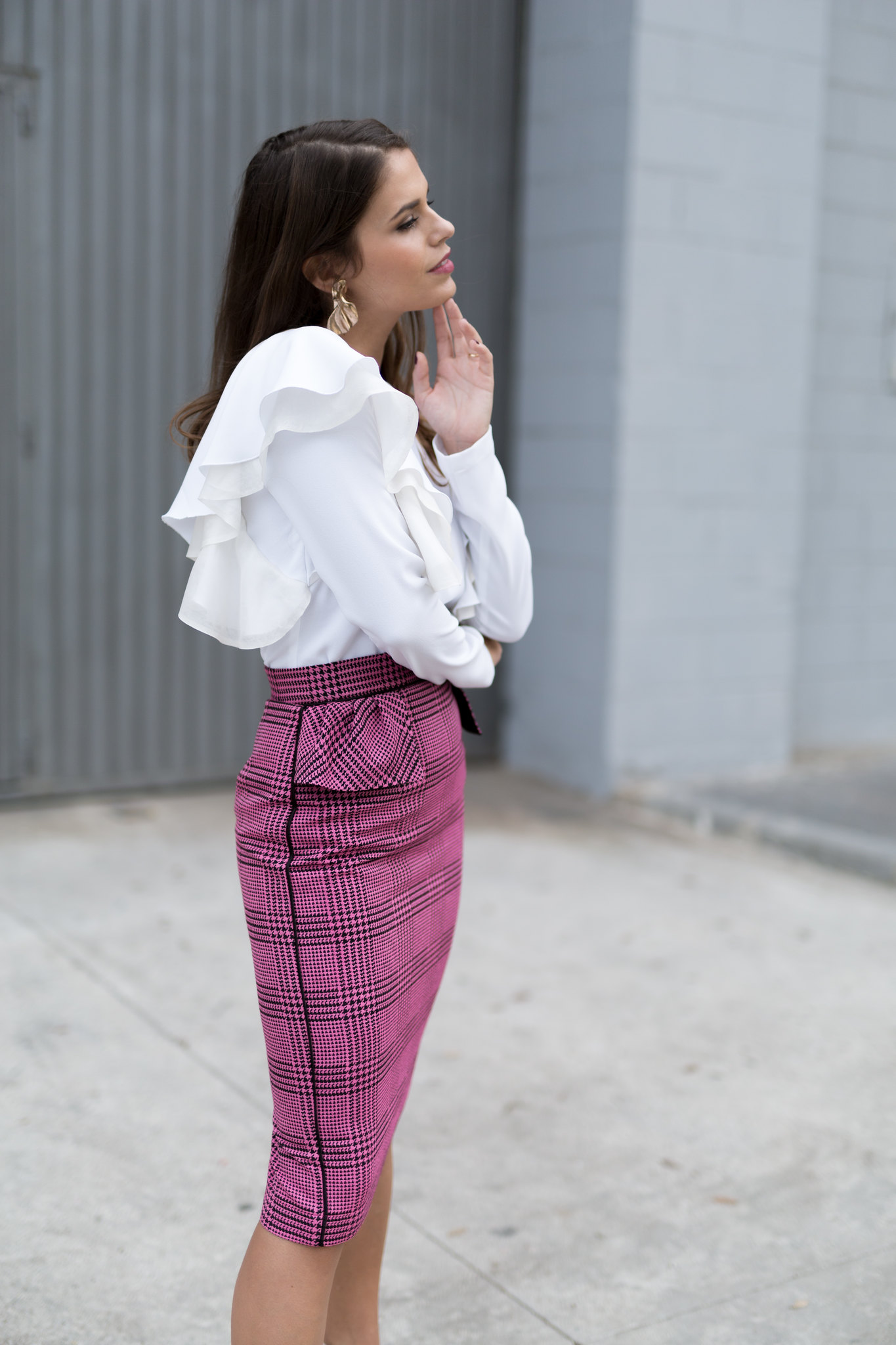 Jessie Chanes Seams for a desire - pink black houndstooth skirt white top apparentia -13