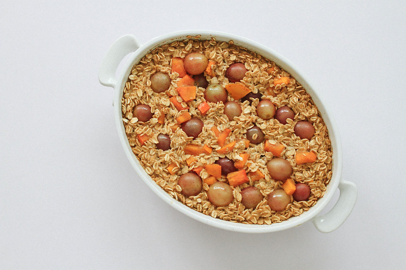 Persimmon & Grape Baked Oatmeal