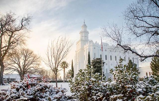 St. George, Utah @rachelangelaphotography #ldstempleaday #stgeorgetemple