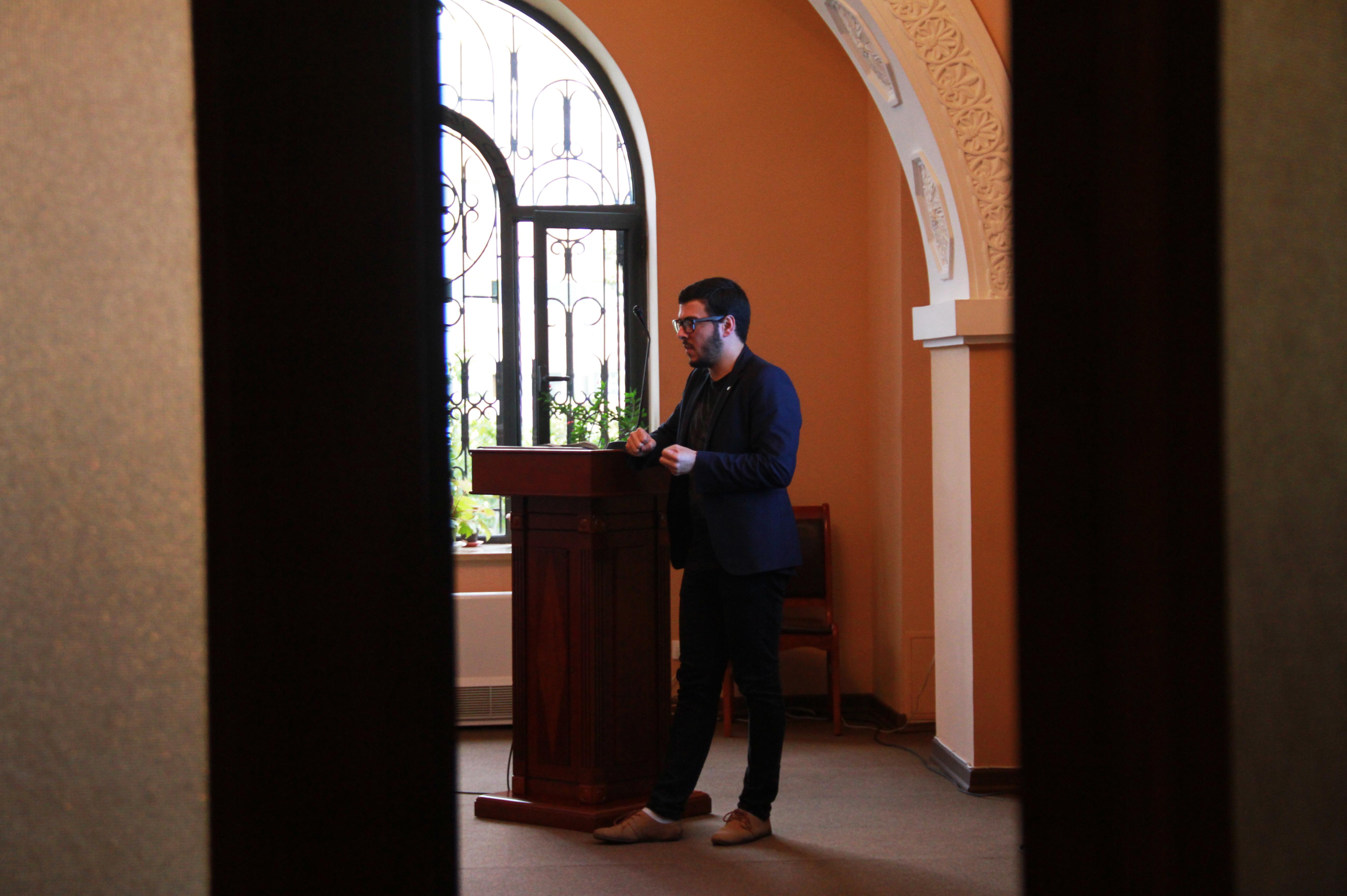 Արտյոմ Գալուստյանը՝ Թվապատում 2016 կոնֆերանսին