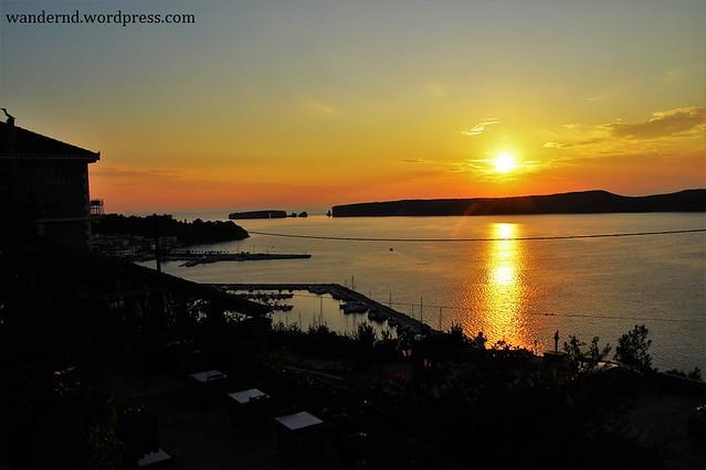 Sonnenuntergang in der Bucht von Navarino