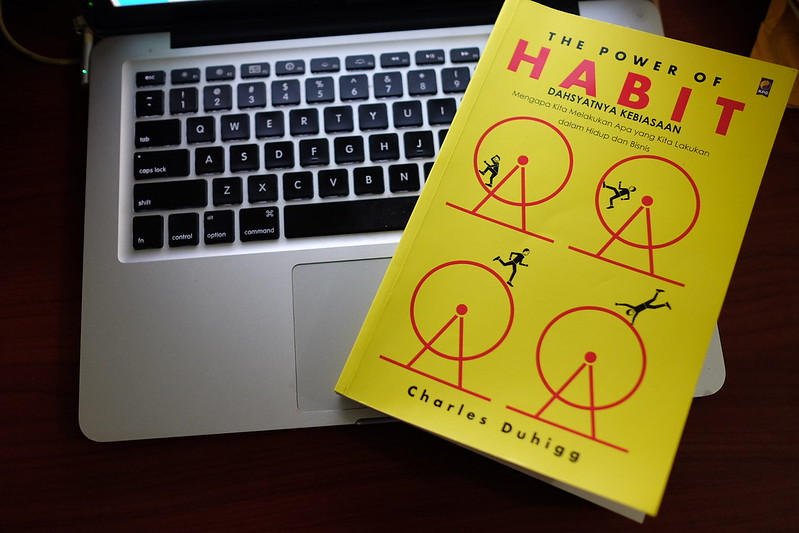 Rangkuman buku The Power of Habit by Charless Duhigg