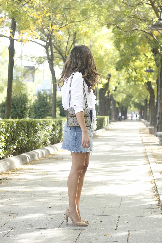 ruffled shirt uterqüe denim shirt sunnies heels gucci bag outfit fashion style04