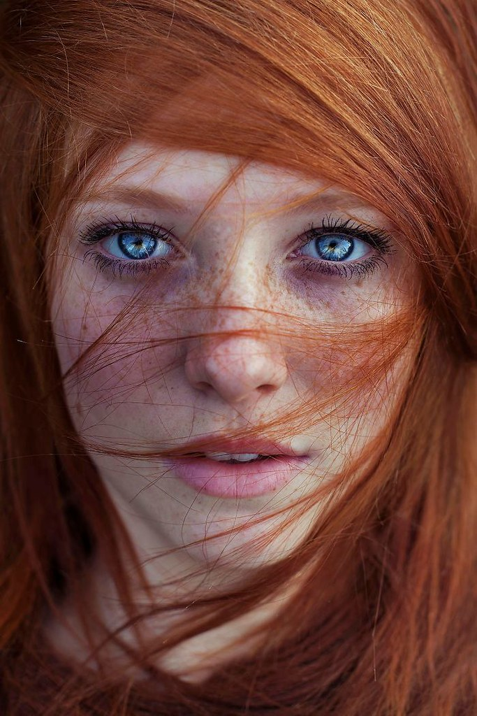 freckles-redheads-beautiful-portrait-photography-38-5835662d163c6__700