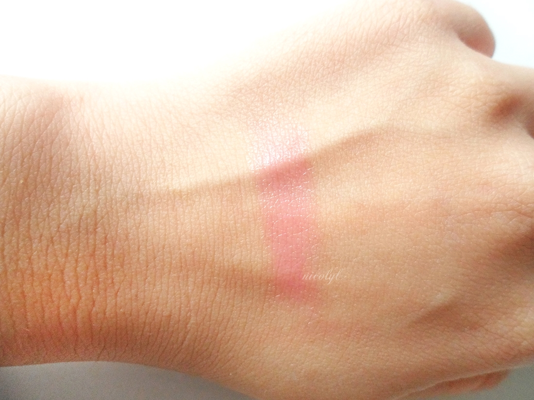 VDL + Pantone Expert Color Lip Cube in Tranquility review and swatch