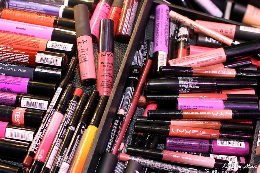 3 Nyx makeup artist kit set makeup bag