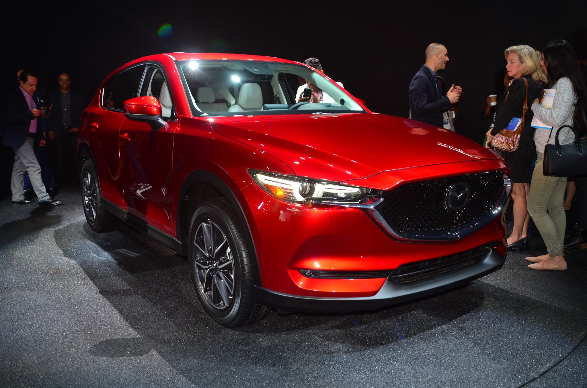 2017 Mazda CX-5 live photos: 2016 LA Auto Show