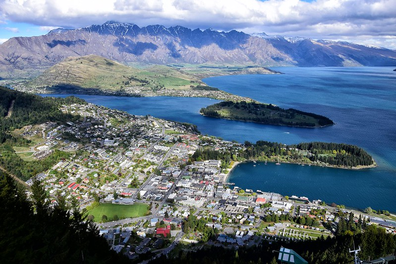 Clear view of Queenstown city