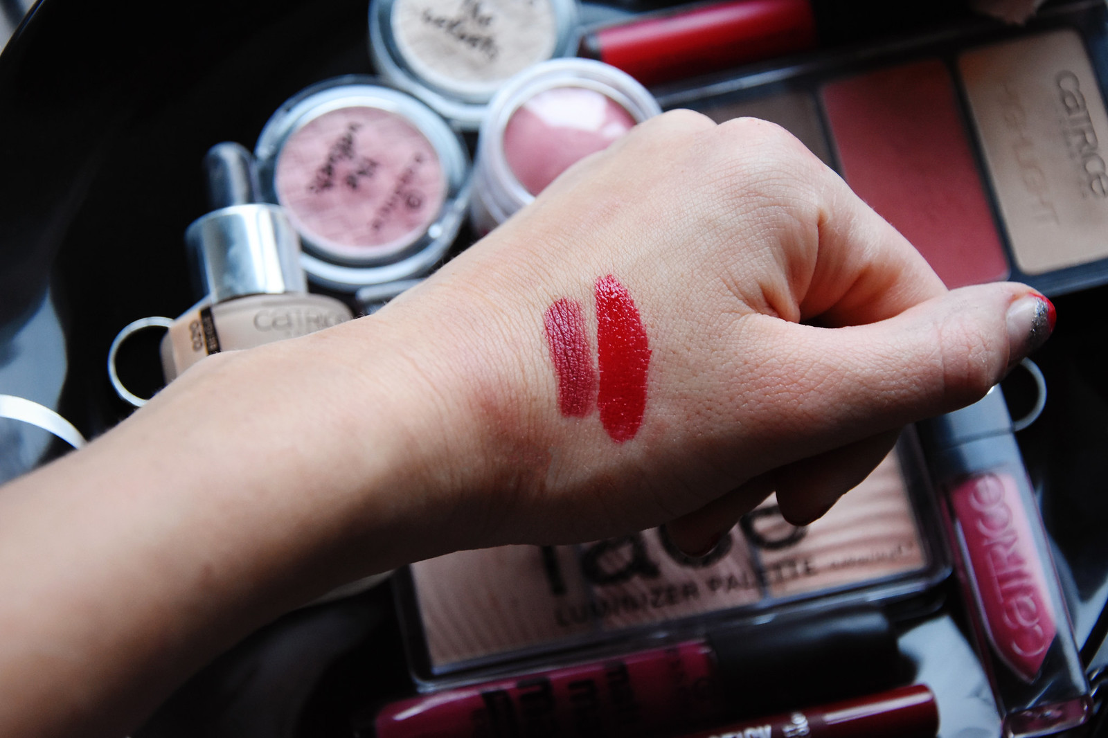 Catrice velvet matte lip cream and essence velvet stick swatches