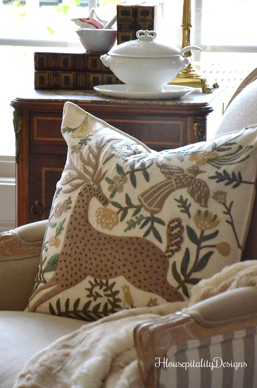 Deer Applique Pillow - Housepitality Designs