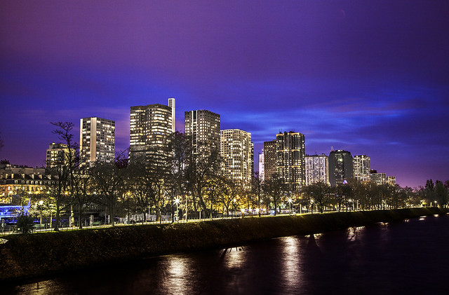 夜巴黎,铁塔的另一边