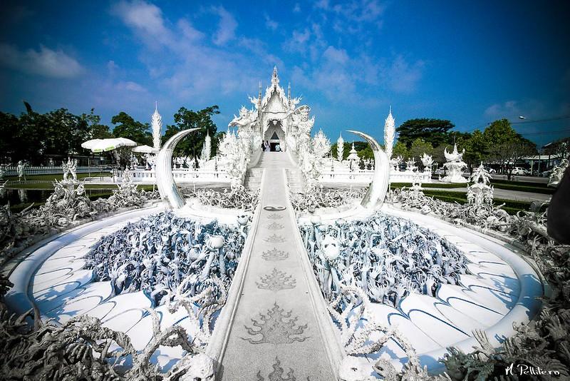 Entrada Wat Rong Khun White Temple