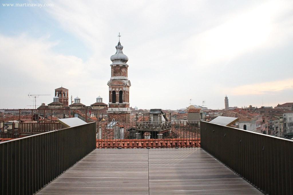 Il fondaco dei tedeschi e venezia dall 39 alto martinaway for Terrazza panoramica venezia