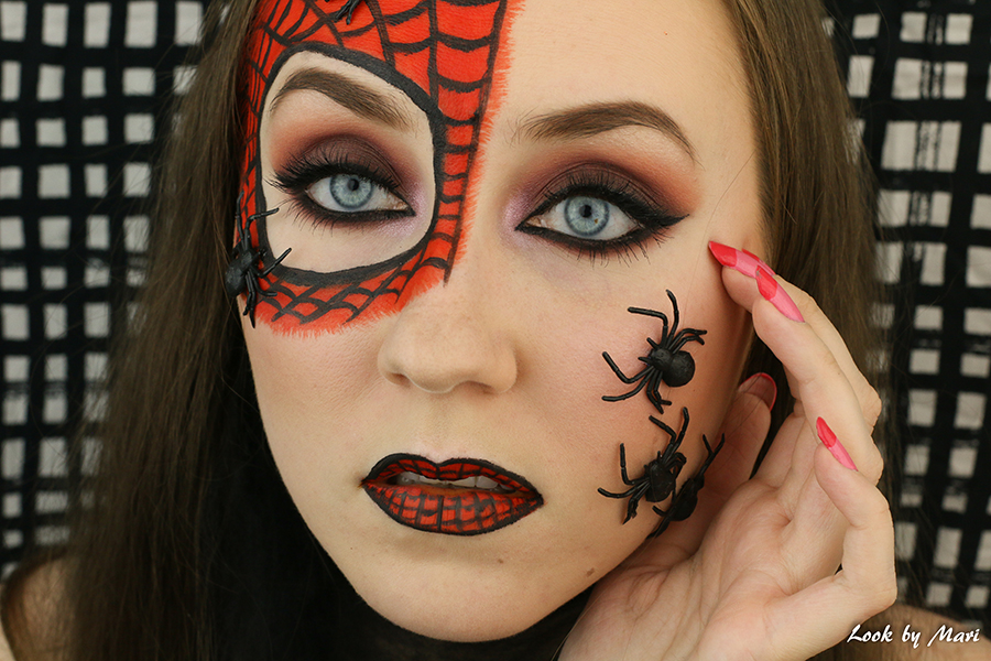 2 spiders halloween costume look makeup