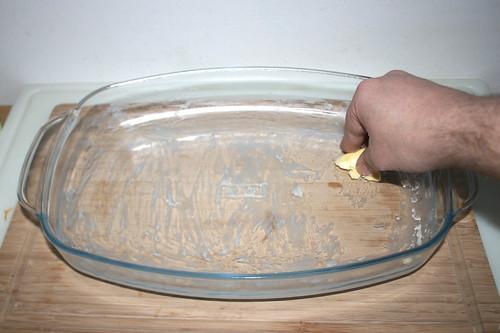 47 - Auflaufform ausfetten / Grease casserole