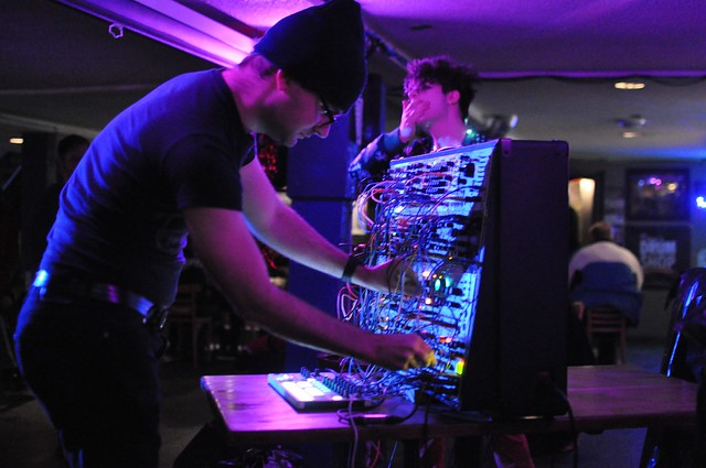 Duelling Synths at House of Targ