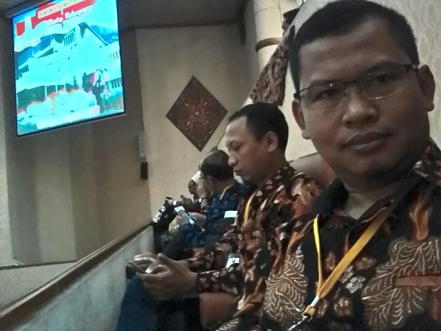 Suprihno, saat menghadiri acara dialog kebangsaan di Ruang Rapat Paripurna DPRD Jawa Timur (19/11)