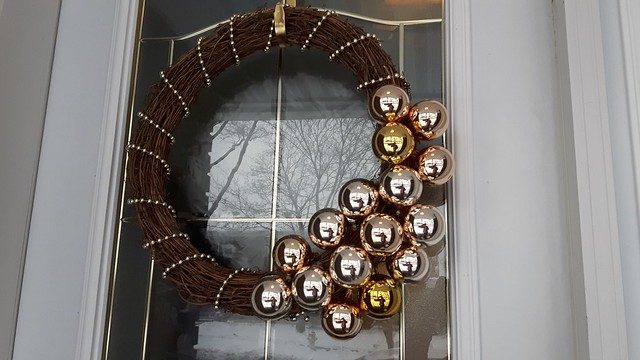 Ten Dollar Wreath 17