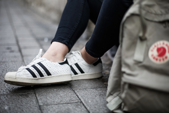 snake adidas superstar leztin street -kanken fjakraven backpack- long coat9