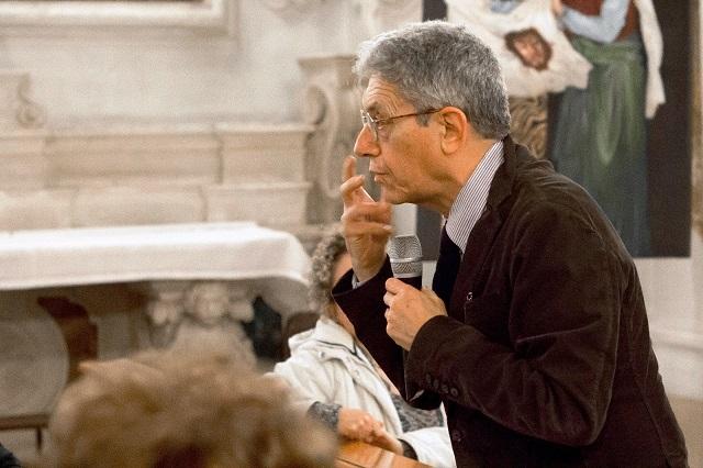 Noicattaro. Prof. Troiani intero