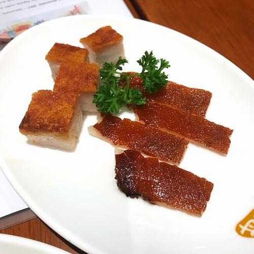 Kam's Roast Singapore: Crispy Pork Belly & Suckling Pig