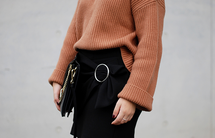 Turtleneck-wrap-skirt-2